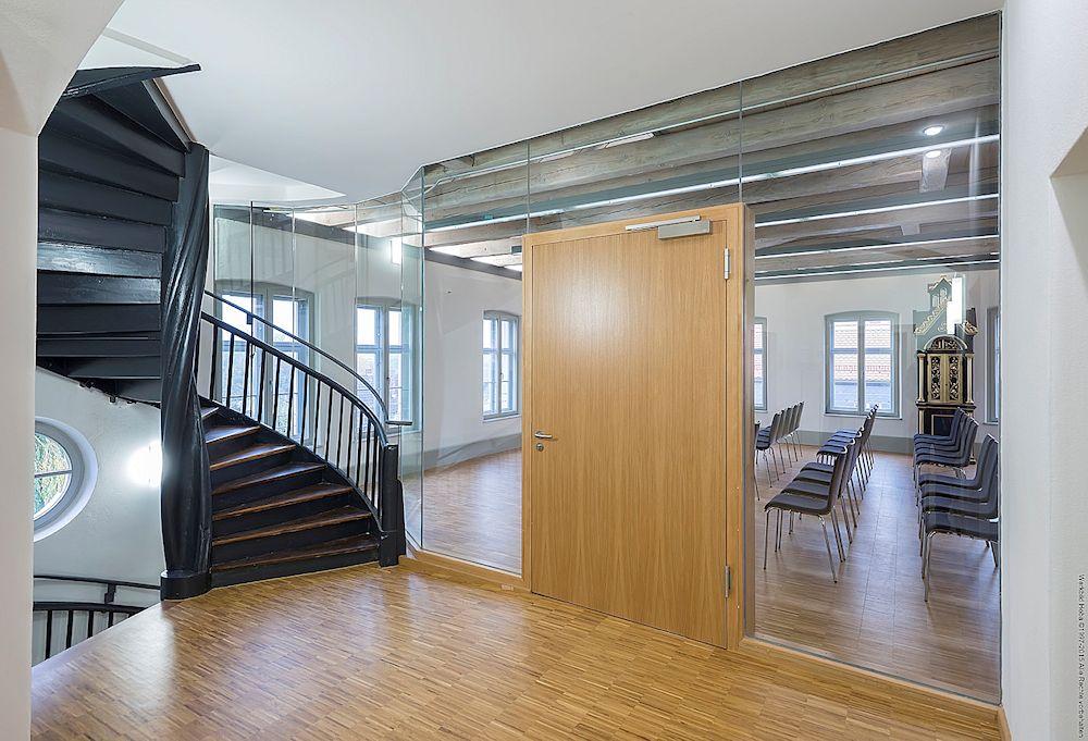 Thomas Schuhmann Innenausbau Brandschutz HOBA Schloss Sassanfahrt 01