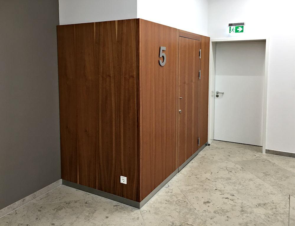 Thomas Schuhmann Innenausbau - Brandschutzwandverkleidungen und Schachtraumtüren in A2 und T90 Bild06